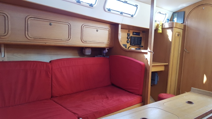 Stbd bunk looking aft